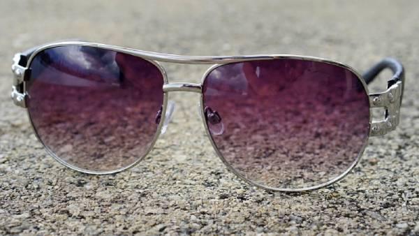 แว่นกันแดด-01